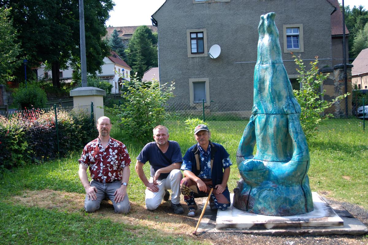 Sculpture Ikarus by Hendrik Schöne & Werner Rauschhardt